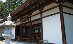 助さんこと佐々十竹の眠る寺